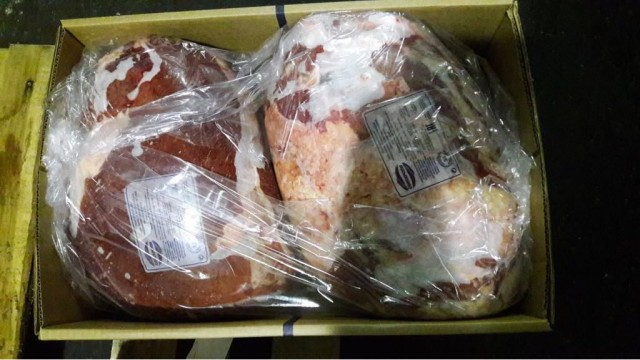 Продам замороженную говядину, свинину, конину, курицу, индейку.